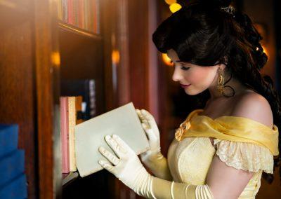 Prinses Belle - Magical Party - prinsessenfeestje - prinses inhuren - videobericht - videoboodschap - sprookje - boek